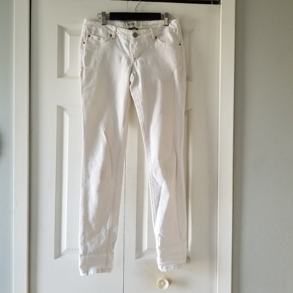 👖 OFF WHITE SKINNY JEANS